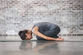 Qué es el yoga terapéutico. Indicaciones